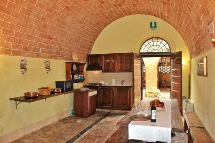 apartment_vino_kitchen-2016
